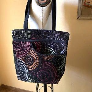 Danny K Women's Purse Floral Tapestry Medium
